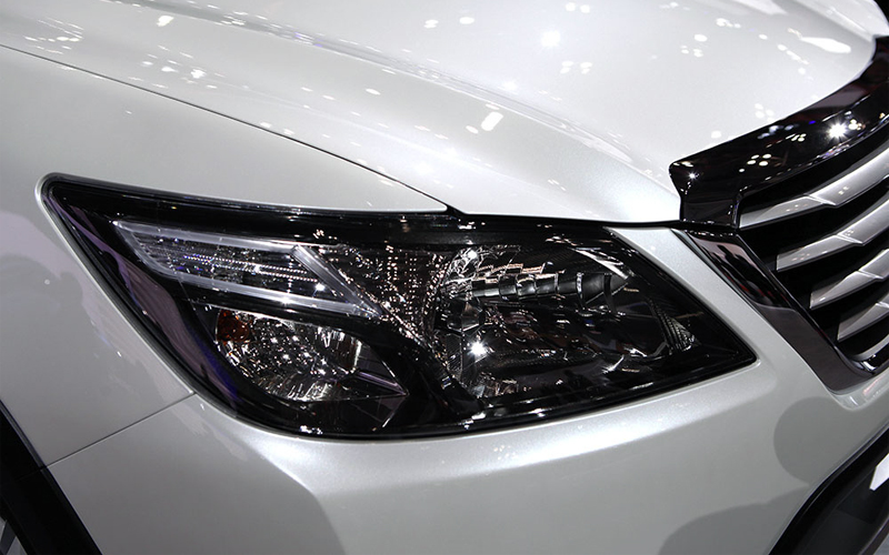 Фото Subaru Crossover 7 Lamp